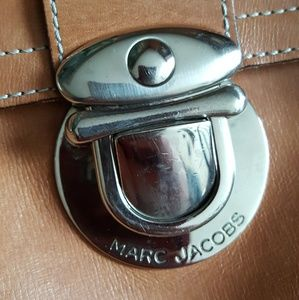 Marc Jacobs Bags - MARC JACOBS leather bag